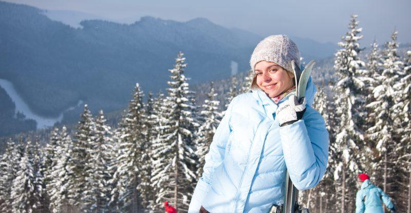 Cuidado del cabello durante el invierno. Cómo cuidar del cabello durante las vacaciones de esquí