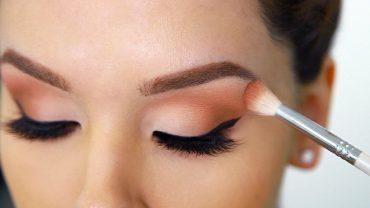 Cómo aplicar las sombras de ojos